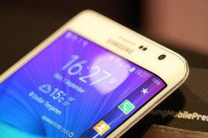 Picture of Samsung cell phone.
